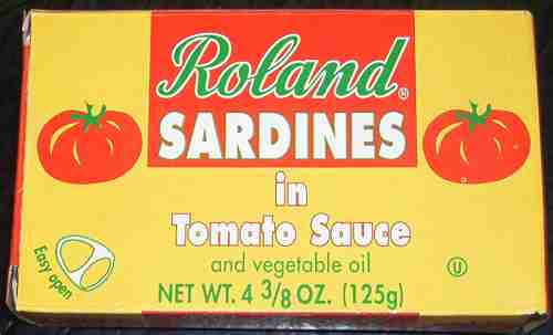 Roland sardines in tomato sauce and vegetable oil
