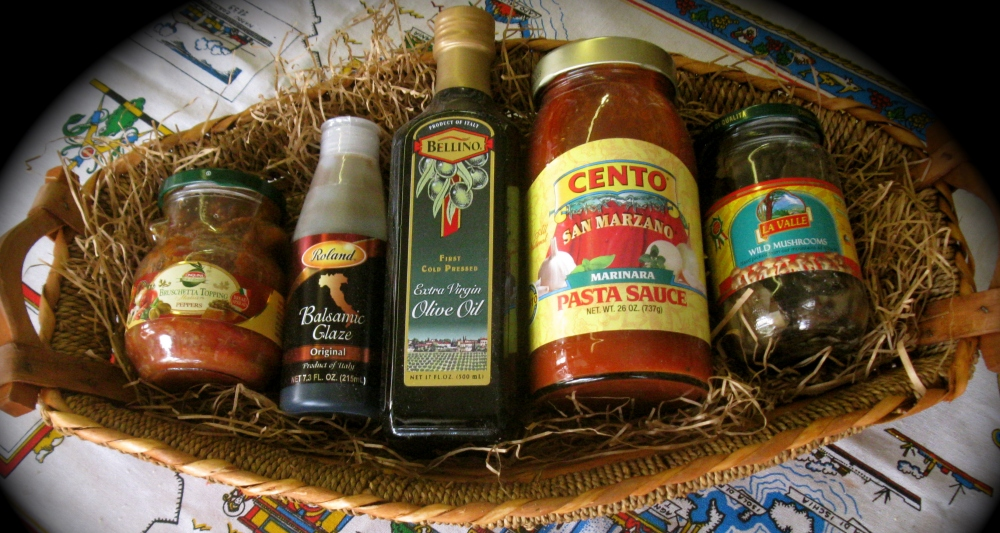 Traditional Italy Gift Basket